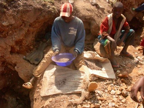 Coltan_mining_ChildSlaves_Congo_ChildrensRightsPicture