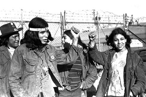 alcatraz-fists